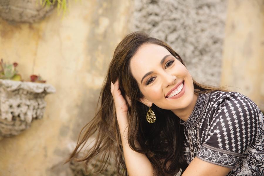 Mariana Atencio author image