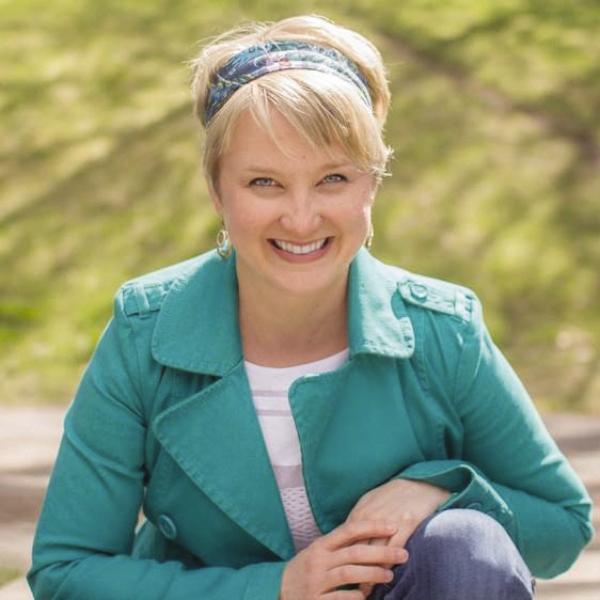 Sarah Mackenzie author image