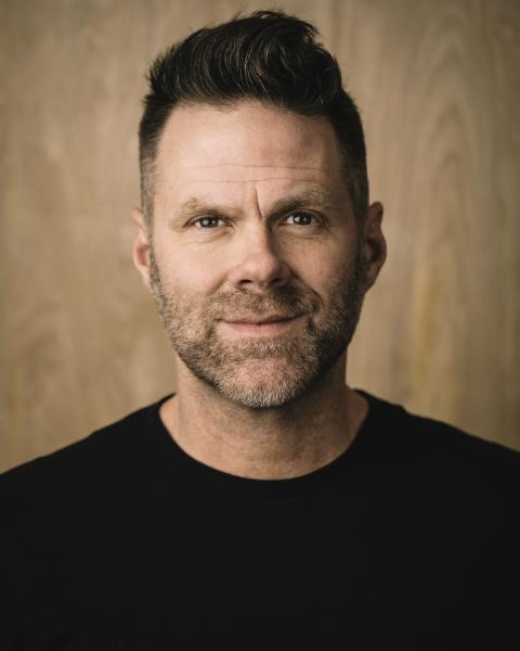 Mark Stuart author image