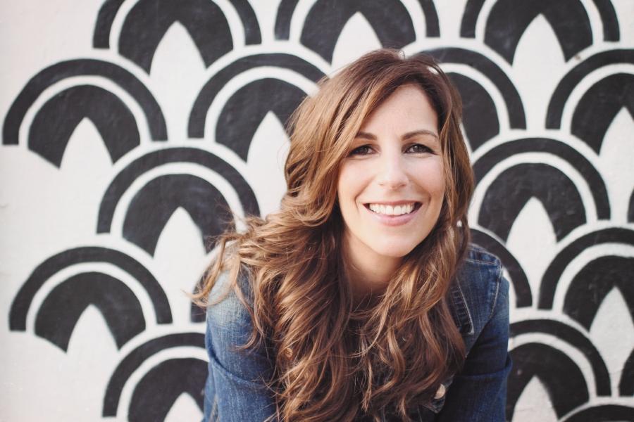 Melanie Shankle author image
