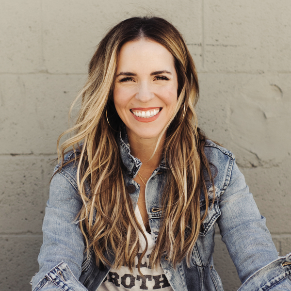 Rachel Hollis author image